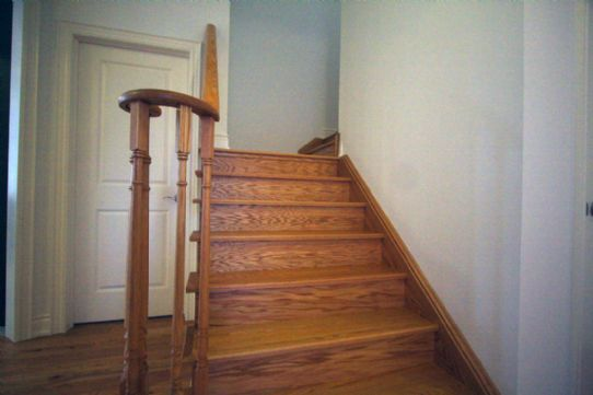 oak stairs to second floor